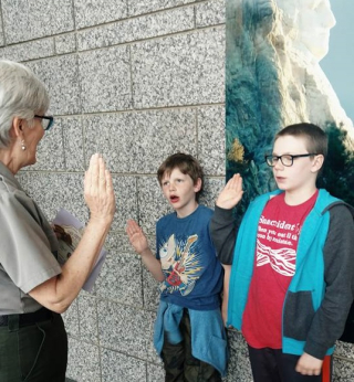 Jr ranger program mt rushmore (2)
